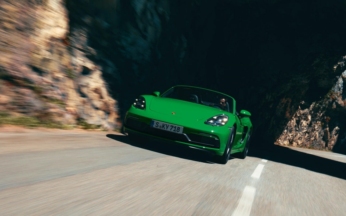 Porsche-718-Boxster-GTS-4-3