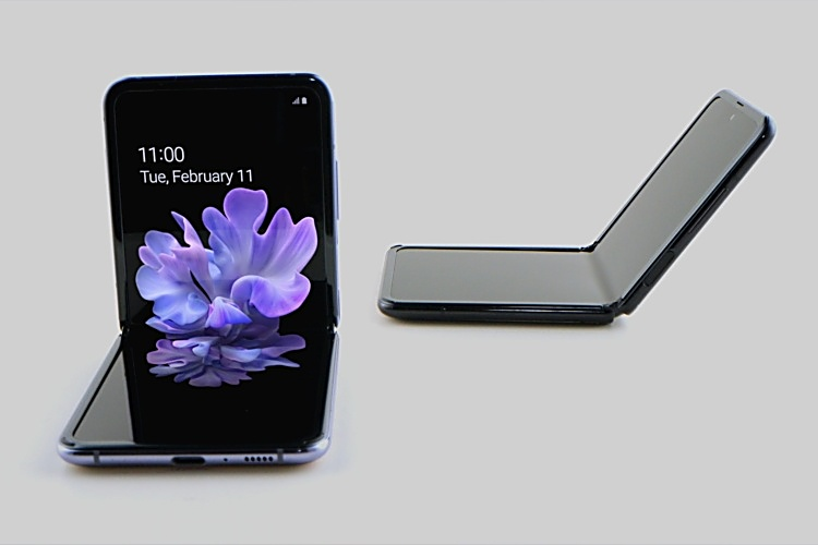 Samsung-Galaxy-Z-Flip-table-top-front-side-view